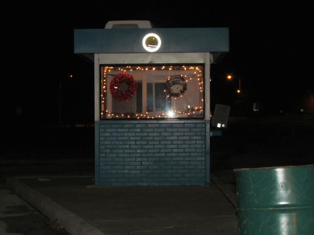 Toll Booth has lights! : Cullen Park u0026 u0026quot;Visions of Cullen Parku0026quot;